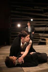 A fotókat a Komáromi Jókai Színház készítette.