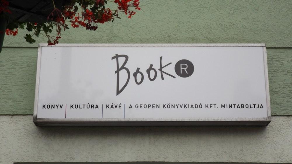 Megnyílt a BOOKR, Buda talán legmenőbb könyvesboltja