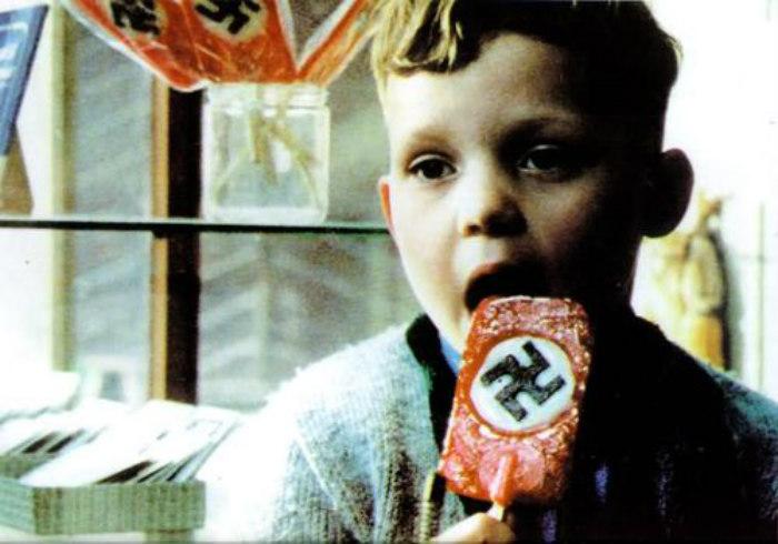 Amerika Kapitánnyal a náci jégkrémek ellen - 2014 legnagyobb blöffjei képekben II.