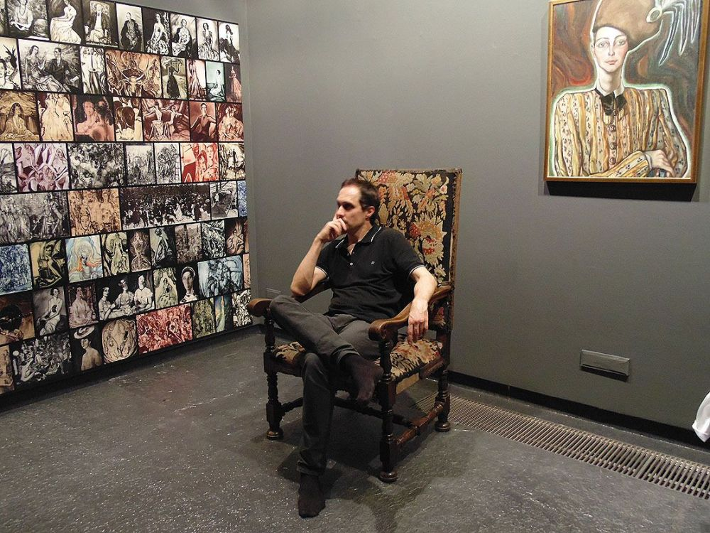 Molnos Péter a kiállításban