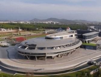 Megépítették a Star Trek űrhajóját három futballpályányi méretben