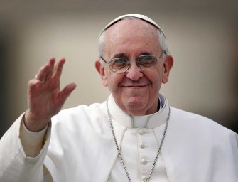 Különleges könyv jelenik meg a 80 éves Ferenc pápáról