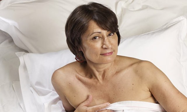 Catherine-Millet-in-bed-001
