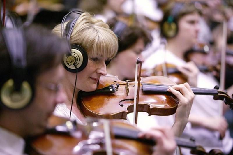 A Budapest Symphoy Orchestra tagjai otthonosan mozognak minden zenei stílusban. (Forrás: BPSO.hu)