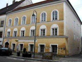 Az osztrák Zöldek leromboltatnák Hitler házát