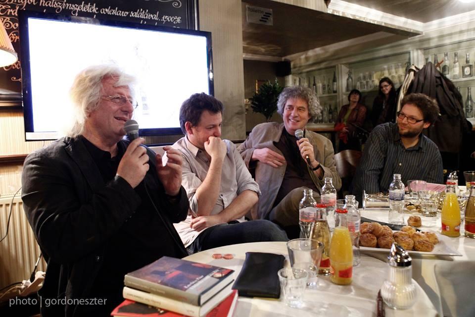 Esterházy Péter, Esterházy Marcell, Dés László és Dés András a Hadikban, 2013 (fotó: Gordon Eszter)