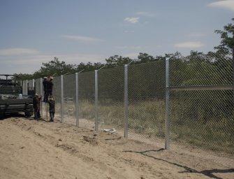 Magyarország nincs messze attól, hogy tűzparancsot adjon ki a menekültek ellen