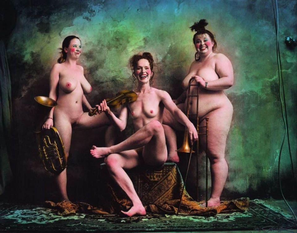 the-ladies-orchestra-2