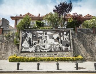 Három múzeum is ünnepli Picasso 80 éve született Guernicáját