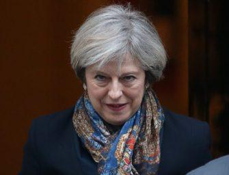 Így kell dalolva hazugsággal vádolni egy miniszterelnököt
