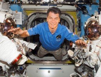 Így készül a 60 éves űrhajós a féléves űrutazásra