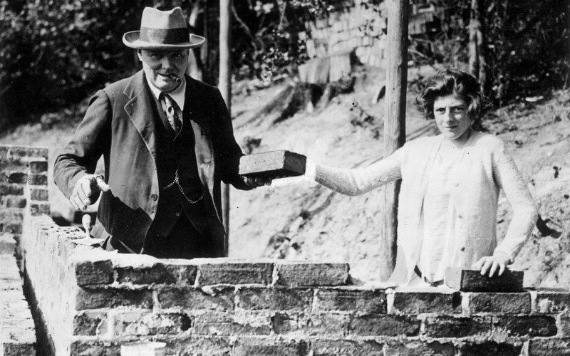 Churchill és lánya, Sarah (1928)