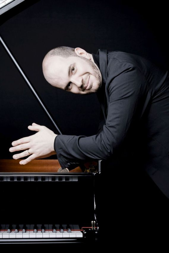 Kirill Gerstein Photo: Marco Borggreve