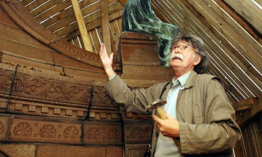Nagykanizsán helyezik végső nyugalomra Rétfalvi Sándor szobrászművészt