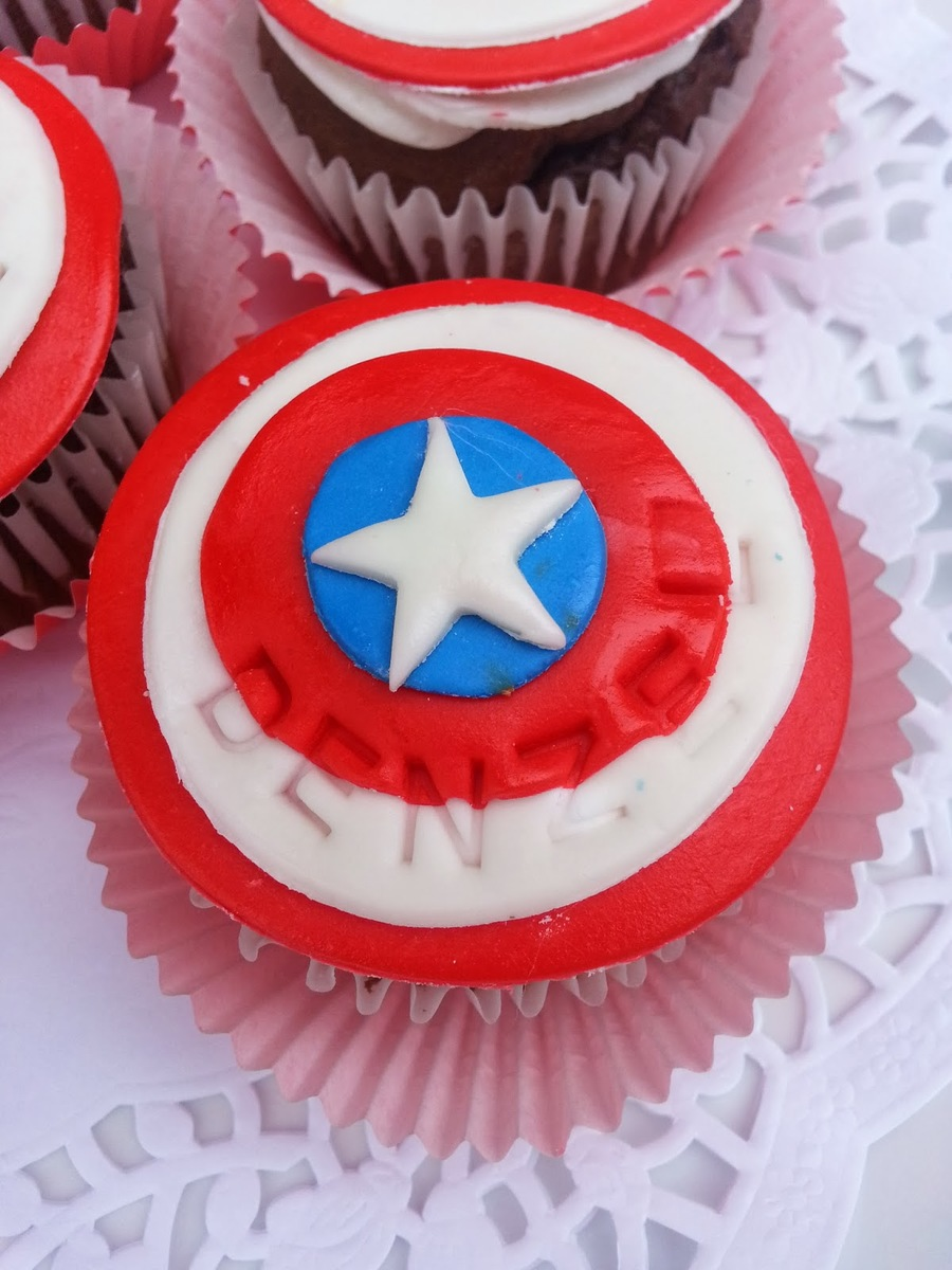 hight resolution of cupcake clipart cupcake sugar paste cake decorating