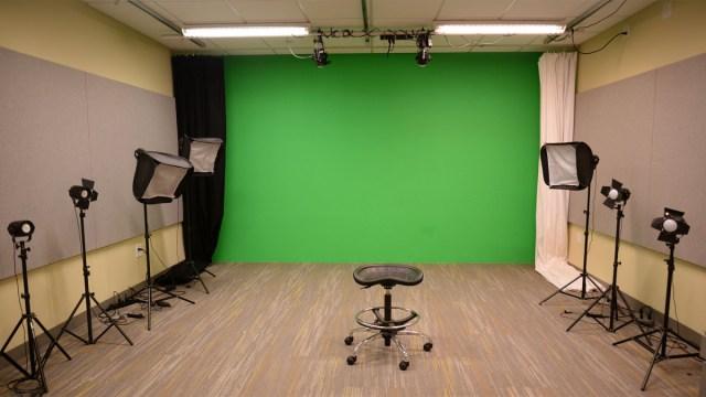 DMC Video and Photography Studio B42E | Fondren Library