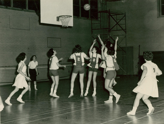 History Of Basketball At UNCG  The University of North