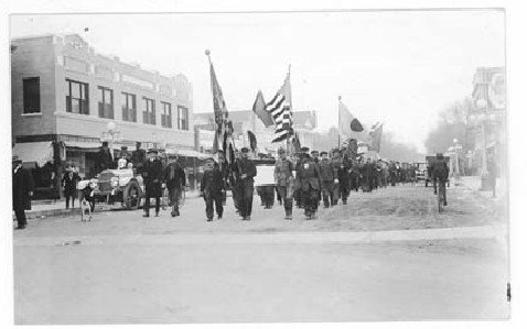 Nov. 11, 1918 parade in Cheyenne to celebrate the World War I Armistice. Photo from Wyoming State Archives.