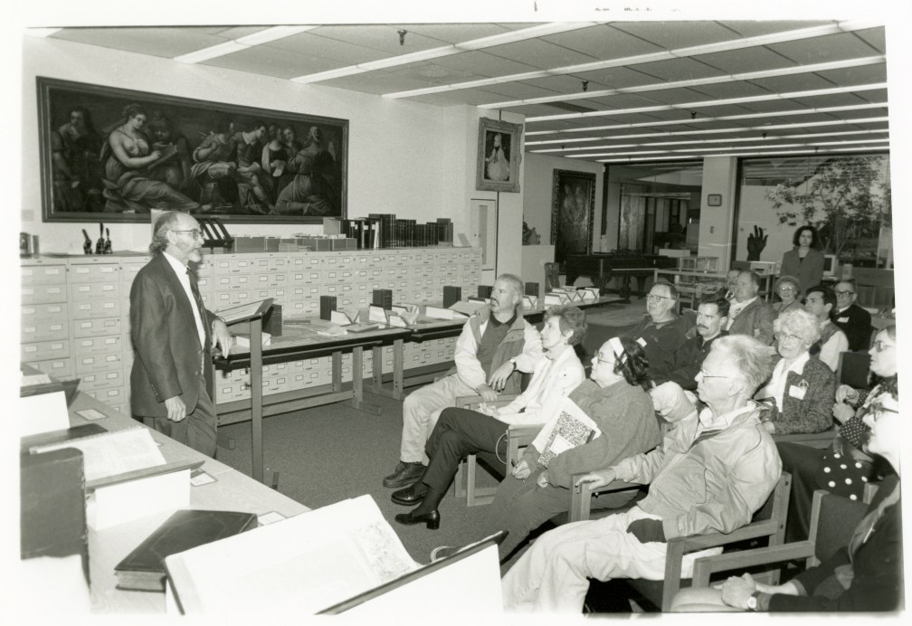 Stevens lecturing at LMU