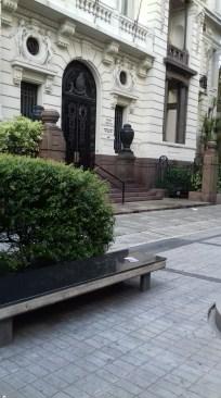 """""""El arte de la guerra""""- Sun Tzu - Plaza Poder Judicial, Montevideo, Uruguay"""