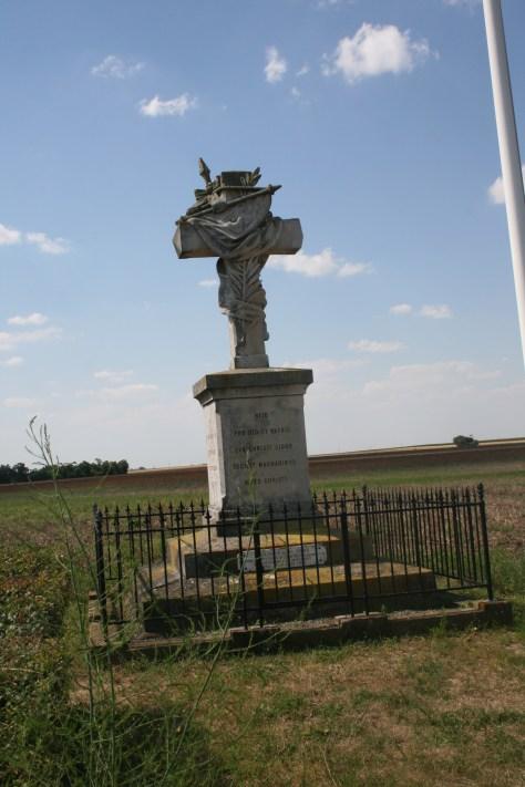 Le Monument Général de Sonis à Loigny la Bataille