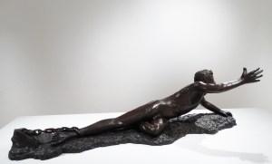 Le bronze Jusqu'à la déchirure de Anne Boisaubert