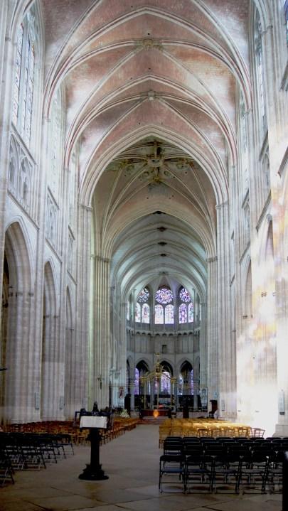 Cathédrale St Etienne - Vue du cœur