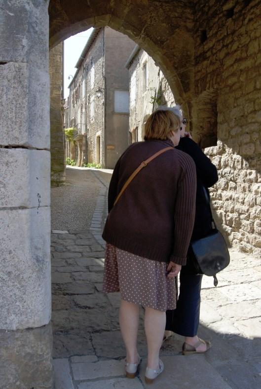 Porte d'entrée du village médiéval
