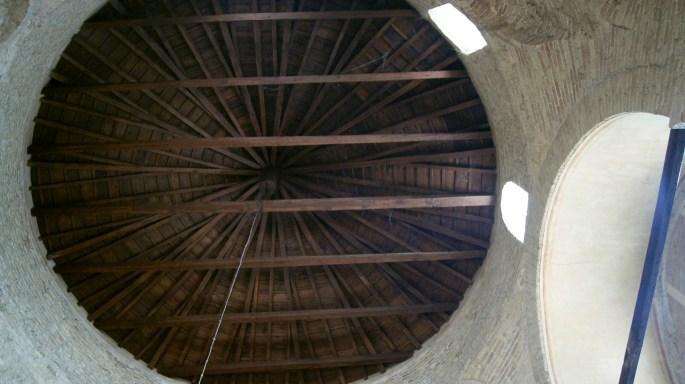 Admirable bâti de la toiture