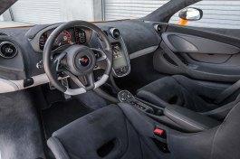 2016-mclaren-570s-interior