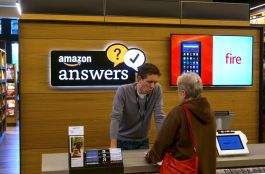 Amazon Opens Its First Retail Book Store in Seattle