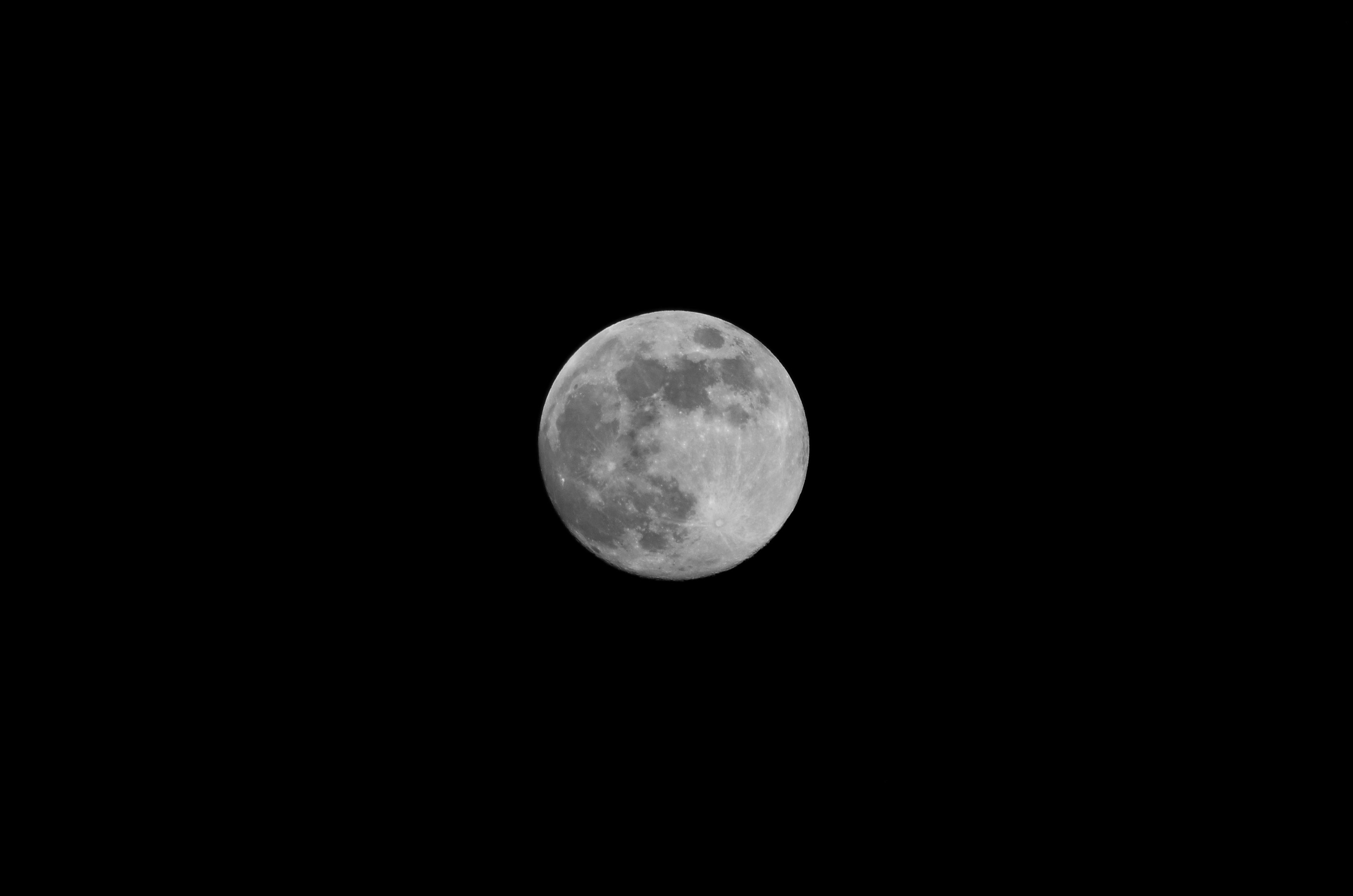 full moon free image