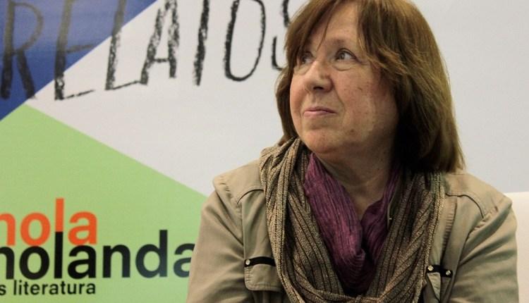 """""""La guerra y la mujer son incompatibles"""",  Svetlana Alexiévich Premio Nobel"""