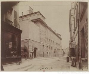 http://gallica.bnf.fr/ark:/12148/btv1b10518432r