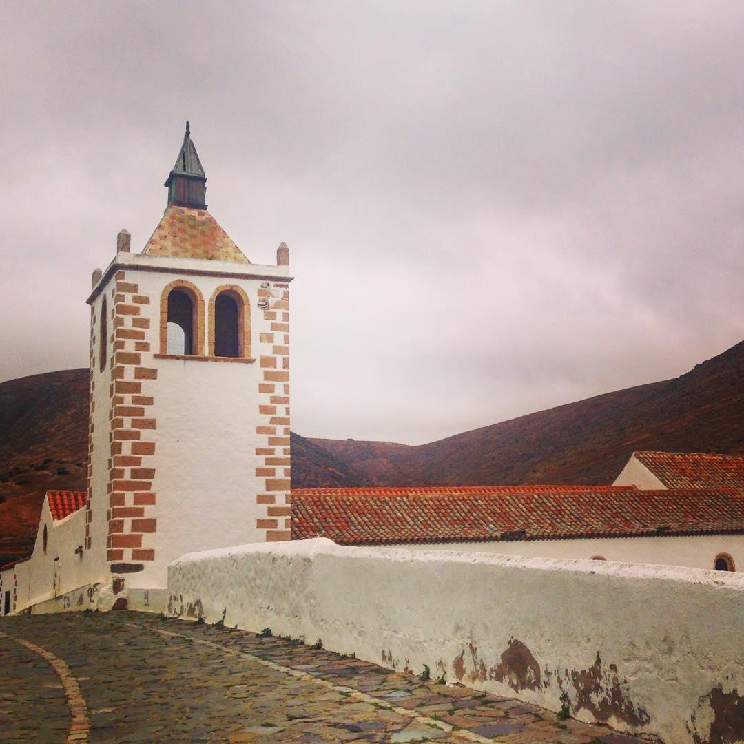 Conquête des Canaries. Betancuria, Île de Fuerteventura, Îles Canaries, Royaume d'Espagne. Jean de Béthencourt était un puissant seigneur normand, né en 1360 à Grainville-la-Teinturière dans le pays de Caux.