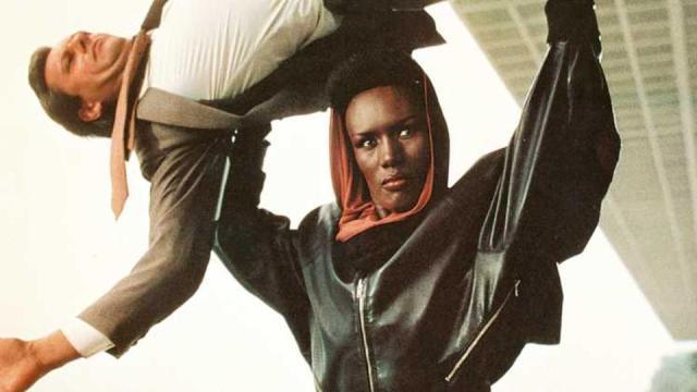 Grace Jones in 007 - Bersaglio mobile (1985) di John Glen