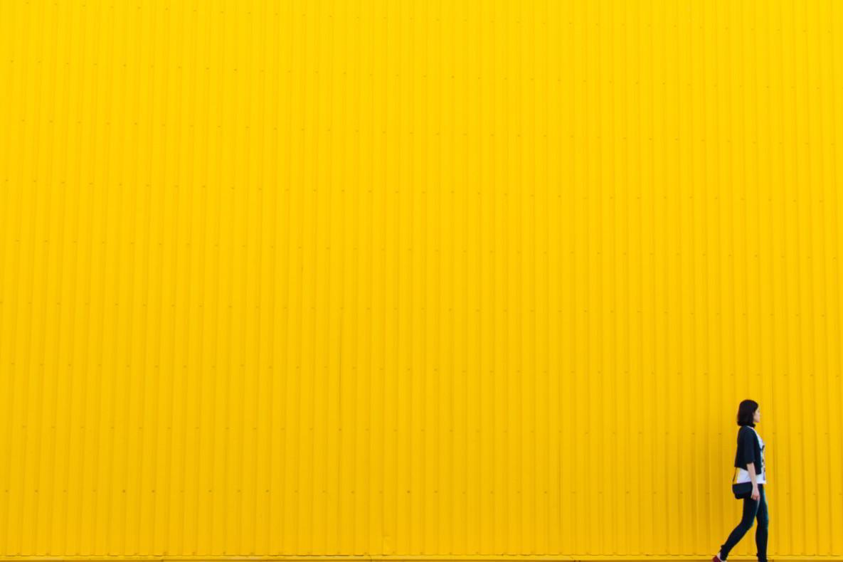 Pared color amarillo psicologia