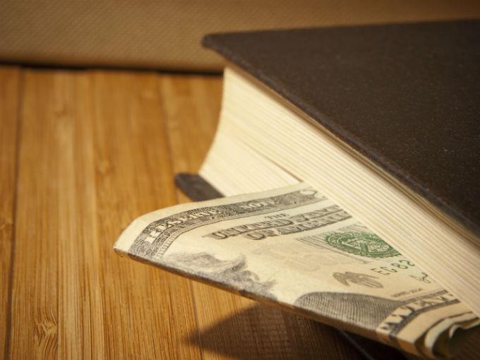 ¿Quieres publicar tu libro? 10 Pasos para reconocer una editorial pirata