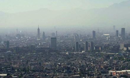 Eres del lugar donde recoges la basura: México visto por Juan Villoro