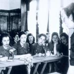 La Sección Femenina 1934-1977. Historia de una tutela emocional. Begoña Barrera