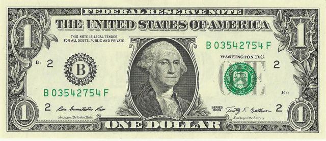 Sialnya mata uang dollar ini memang paling banyak diterima di seluruh dunia.