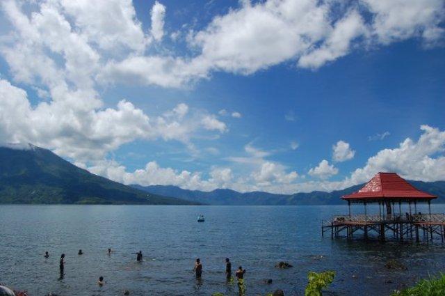 Danau Ranau (sumber)