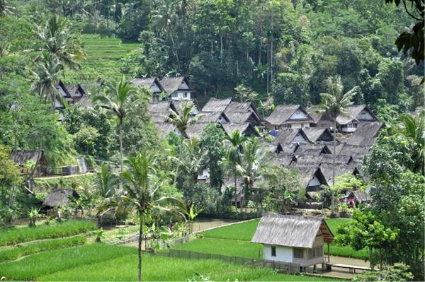 Kampung Naga (sumber)