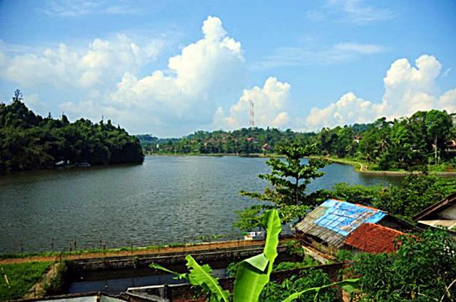 Meskipun Agak Jauh, Danau Kecil Leuwi Soro Bisa Menjadi Alternatif Untuk Destinasi Yang Anti Mainstream Di Cianjur