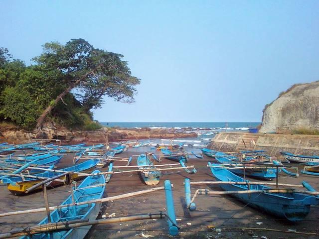 Cianjur Juga Punya Pantai, Beranjaklah Ke Pesisir Selatan Dan Kalian Akan Menemukan Pantai Jayanti.