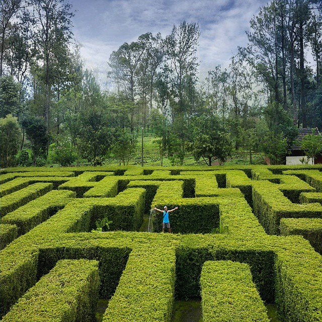 Taman Labirin di kawasan wisata Coban Rondo (sumber)