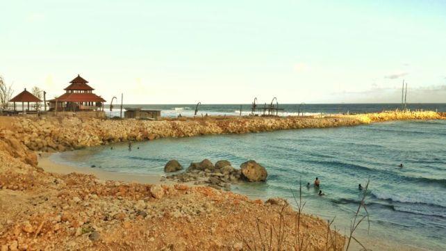 Pantai ini biasa digunakan untuk upacara melasti penduduk setempat.