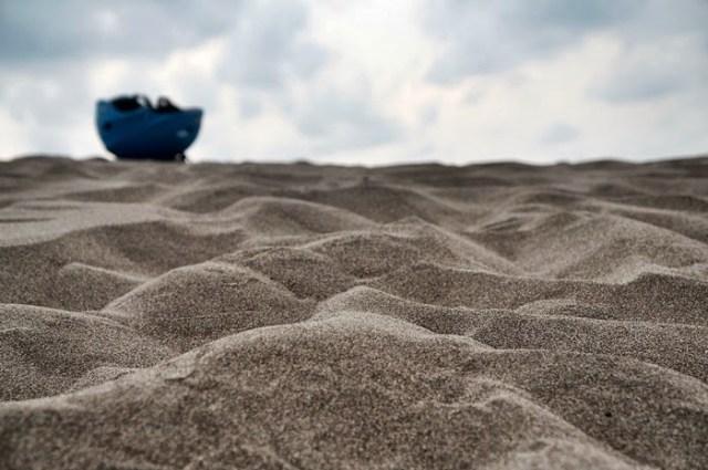 Pasir halus seperti ini yang membentuk Gumuk Pasir Parangkusumo.