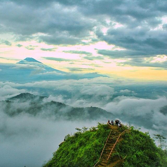 Puncak Kendeng, Gunung Kukusan, Samigaluh, Kulonprogo