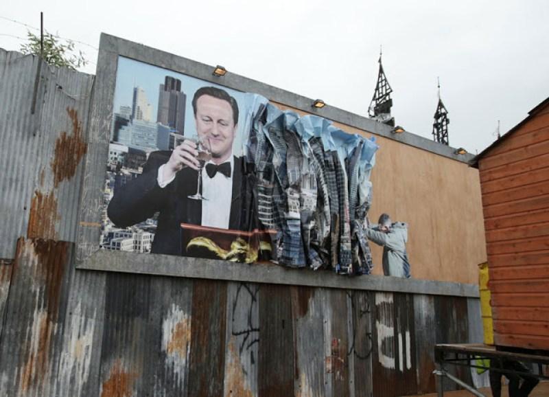 12. iklan sindiran buat politikus yang tengah memimpin negeri milik Ratu Elizabeth